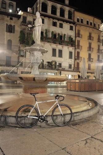 COB_Urban_Rider_in_Piazza_erbe.jpg